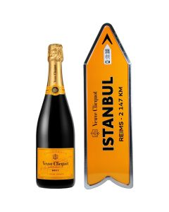 Istanbul Arrow Connected Yellow Label Champagne Veuve Clicquot