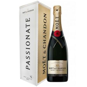 Specially Yours Giftbox Limited Edition Champagne Brut Moet & Chandon